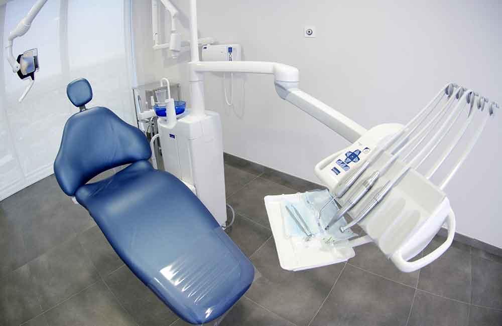 3歳検診で反対咬合と指摘。歯科医に相談して決めた治療方針