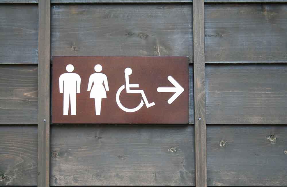 トイレトレーニングは成功したが、外出先でトイレができない…