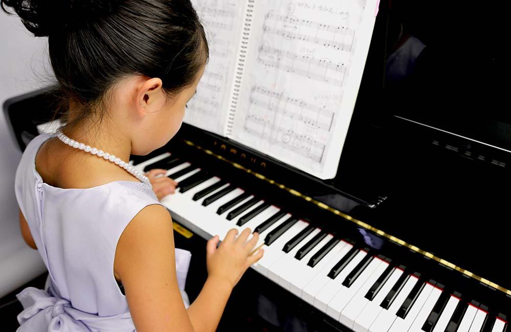 ヤマハ音楽教室の3歳コースの授業内容は?